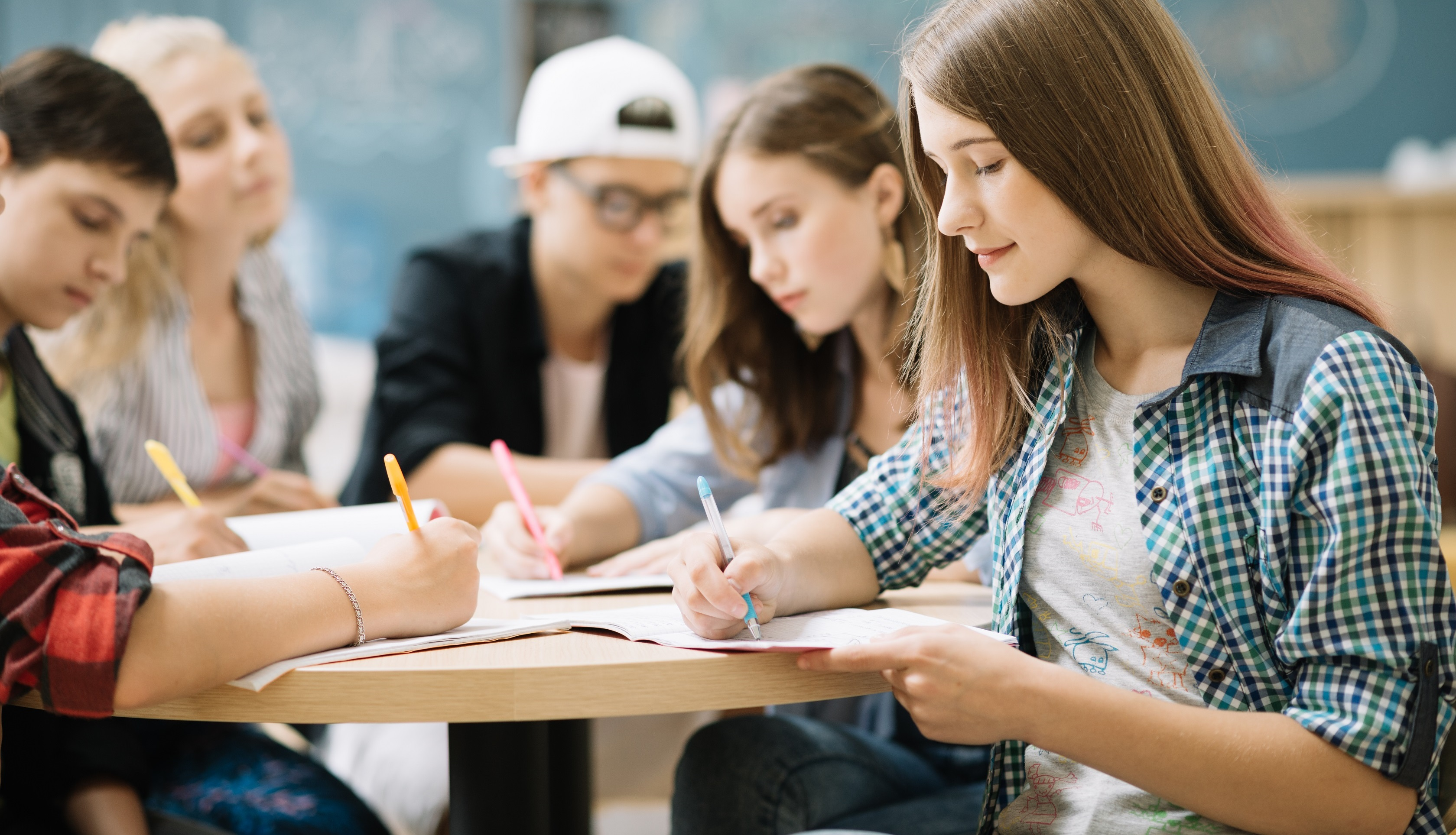 Klimb Education is based in Hong Kong with an aim to helping our students to embark on a journey to experience the college life at prestigious universities in the UK and USA.